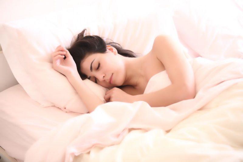 Dormir pour prévenir le cancer… mais à une condition…